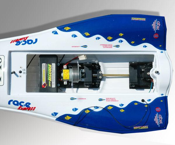 bateau radiocommand electrique t18 racing boat. Black Bedroom Furniture Sets. Home Design Ideas